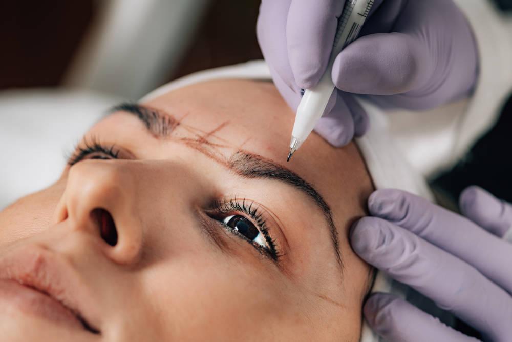 Micropigmentación de cejas Bellísima